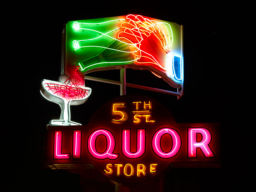 5TH ST LIQUOR
